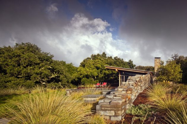 Halls Ridge Knoll Guest House by Bohlin Cywinski Jackson in Carmel-by-the-Sea, California
