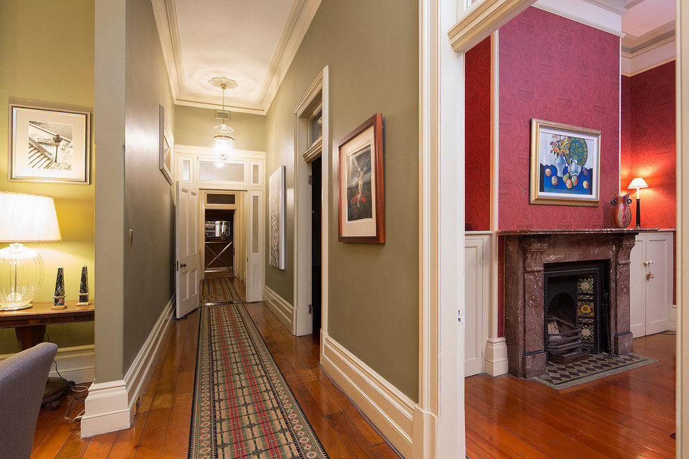 15 Victorian Hallway Interior Designs You'd Love To Have In Your Home