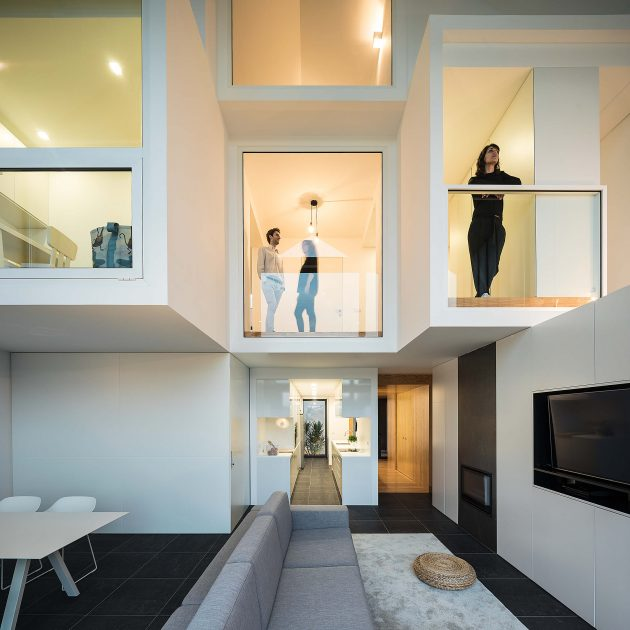 Arch House by FRARI - Architecture Network in Aveiro, Portugal