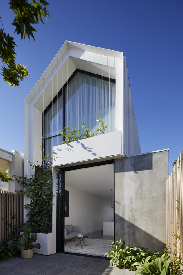 Cable House by Tom Robertson Architects in Melbourne, Australia