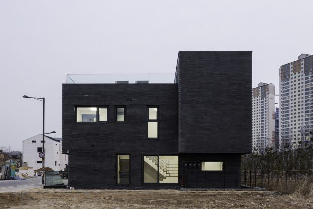 DP9131 House by skimA in Hanam si, South Korea