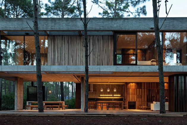 Marino House by ATV Arquitectos in Pinamar, Argentina