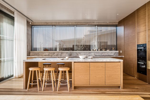 Mermaid Beach Residence by BE Architecture in Queensland, Australia
