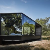 Pavilion Between Trees by Branch Studio Architects in Victoria, Australia