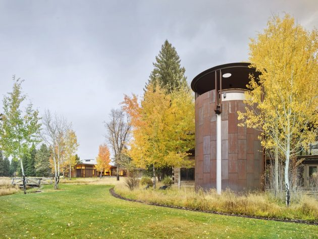 Queen's Lane Pavilion by Carney Logan Burke Architects in Jackson, Wyoming