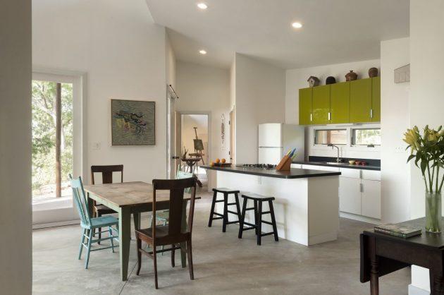 Ridge House by GriD Architects in Berkeley Springs, West Virginia