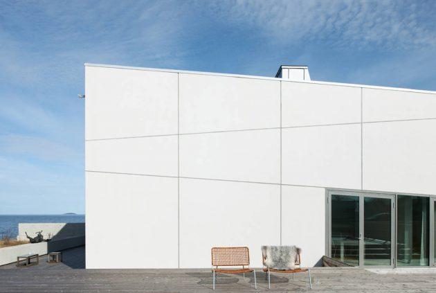 Widlund House by Claesson Koivisto Rune Architects in Sandvik, Sweden
