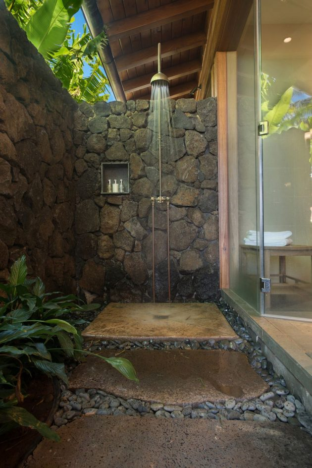 8 Luxurious Outdoor Shower Ideas for your Backyard