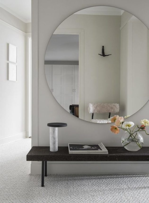 Ideas on how to decorate the entryway in your home