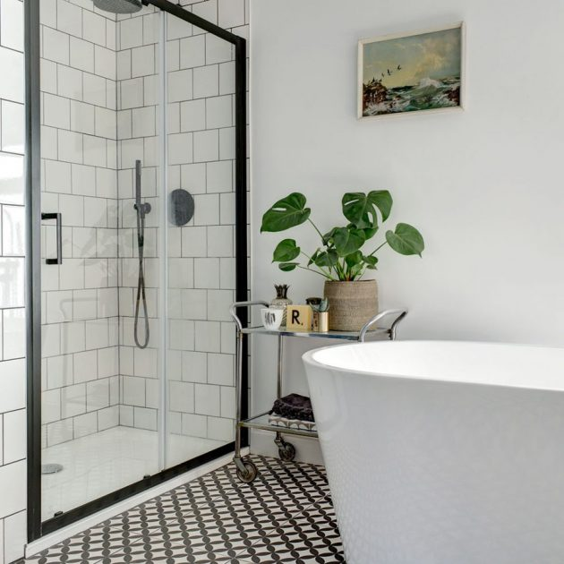 Before and After   Monochrome Bathroom en Suite Makeover