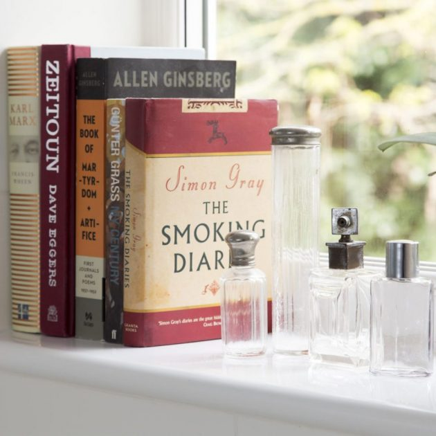 6 Simple Ideas How to Display Your Books