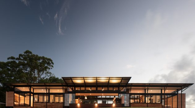 Avonlea House by Robinson Architects in Eumundi, Australia