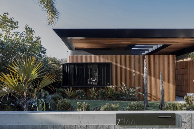 Cove House by Justin Humphrey Architect in Brisbane, Australia
