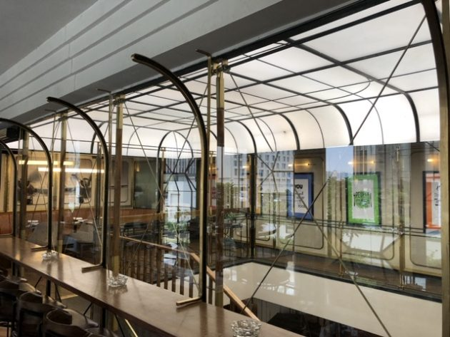 Farzi Cafe Aerocity by Headlight Design Near Indias Largest Airport