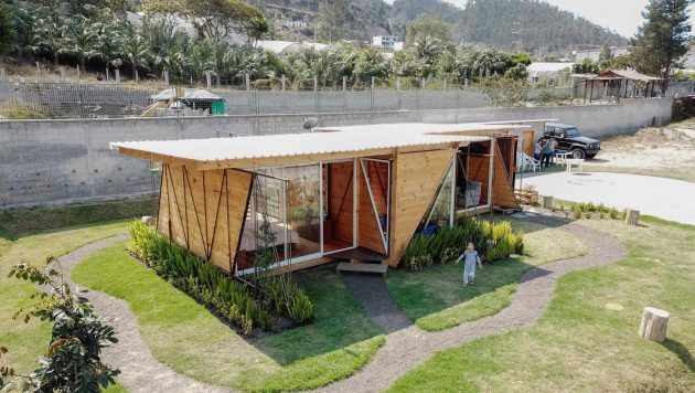 Orange Lemon House by Daniel Moreno Flores in Quito, Ecuador