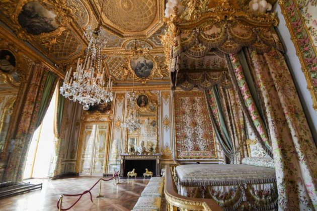 Gilded Camp Rooms That are Worth Seeing Met Gala Inspired Edition