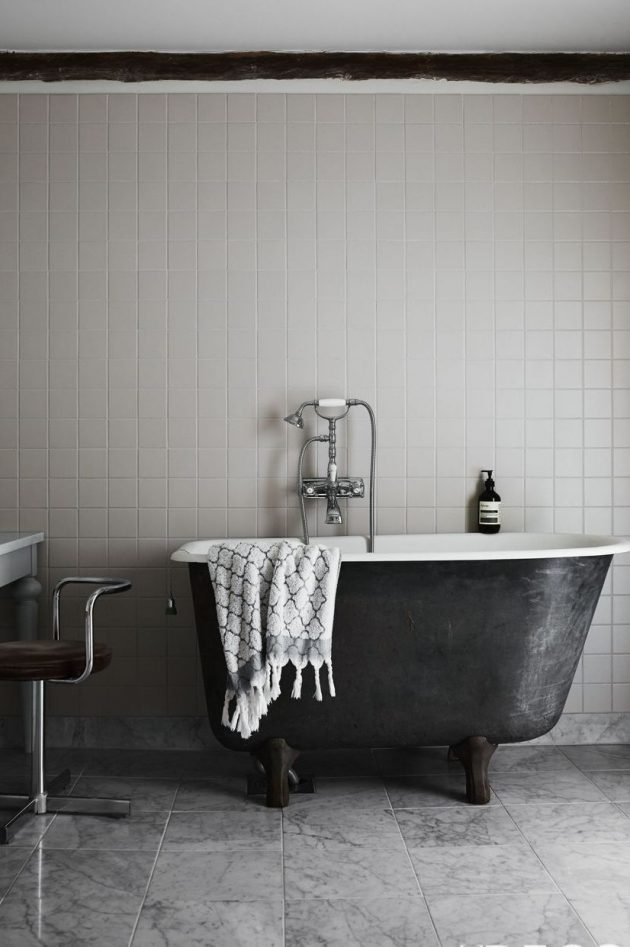 Monochromatic Grey Bathrooms for Every Design Style