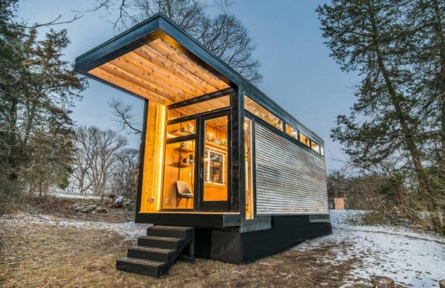 How to Stay Comfortable in a Tiny Home