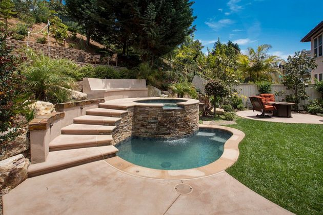 19 Most Attractive Small Swimming Pools That Will Thrill You