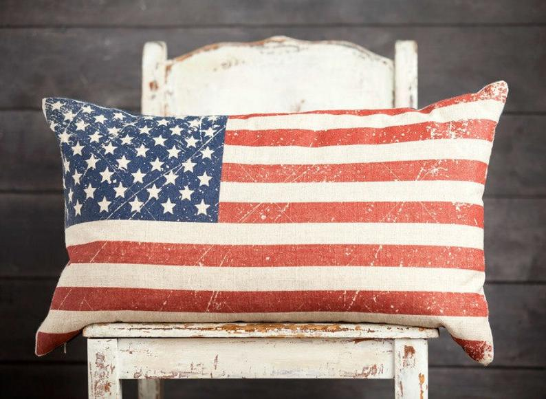 15 Amazing Handmade 4th of July Pillow Designs For Your Decor