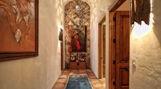 15 Amazing Southwestern Hallway Designs You Gotta Love