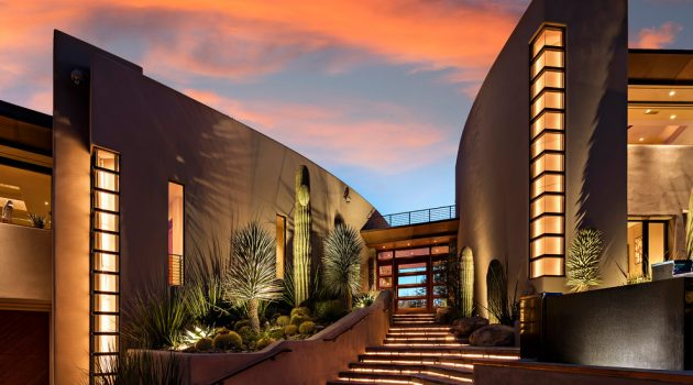 15 Outstanding Southwestern Entryway Designs You'll Fall For
