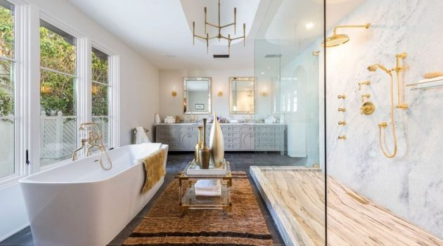 16 Impeccable Mediterranean Bathroom Interiors You Can't Resist
