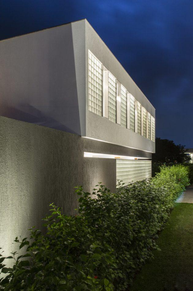 M16 House by NEBR Arquitetura in Carpina, Brazil