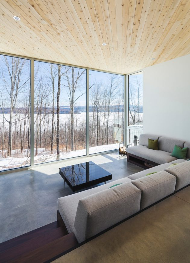 Nook Residence by MU Architecture in Mansonville, Canada
