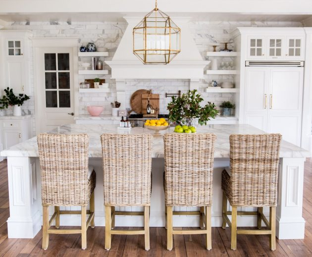 The Bright Customed Designed Kitchen of a Fashion Blogger