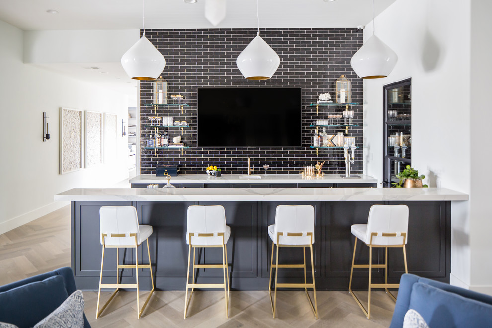 18 Splendid Mediterranean Home Bar Designs For The Ultimate Luxury Experience