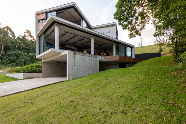 Atelie House by Arqexact in Aruja, Brazil