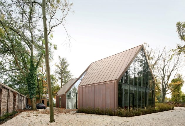 House VDV by Graux & Baeyens Architects in Destelbergen, Belgium
