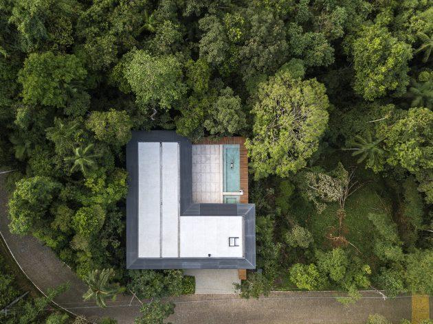 MH House by Jacobsen Arquitetura in Brazil
