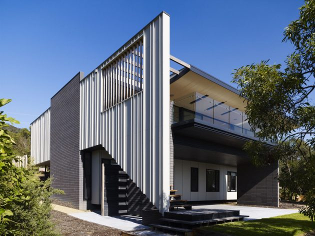 McCrae Residence by Wolveridge Architects in Melbourne, Australia