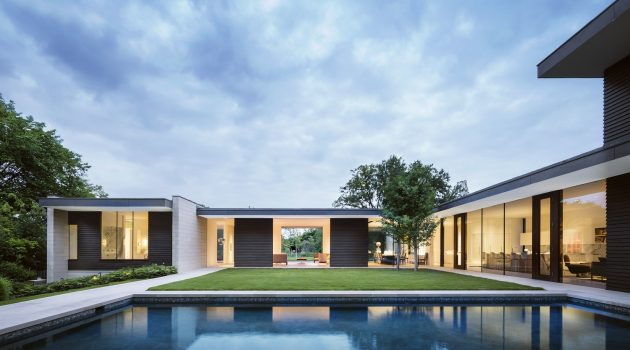 Preston Hollow Residence by Bodron+Fruit in Dallas, Texas