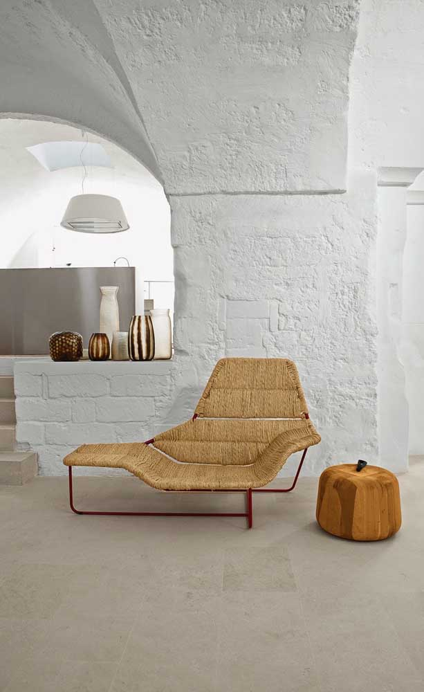 Chaise Lounge - What it is, How to Use It and Inspiring Photos
