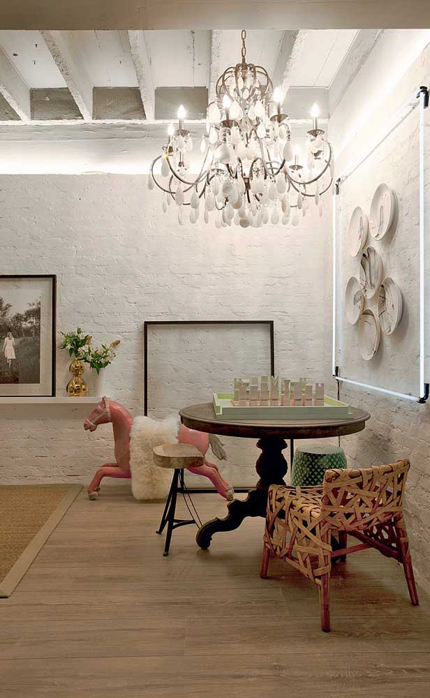 How too Choose the Perfect Chandelier for Your Home