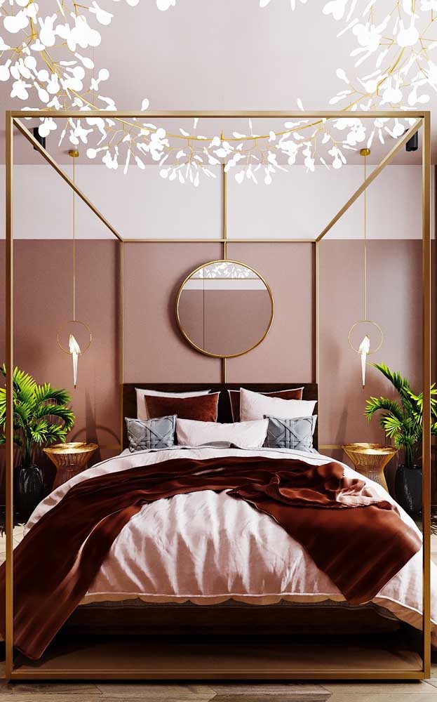 10 Perfect Designs of Poster Beds for a Lovely Bedroom
