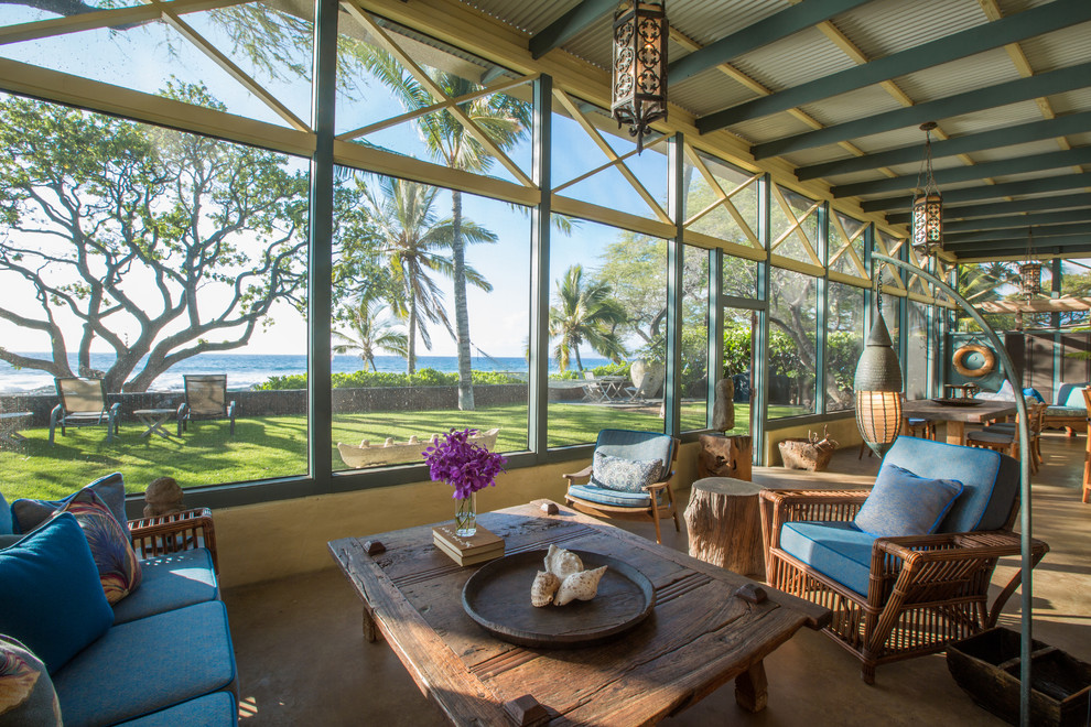 14 Vivid Tropical Sun Room Designs That Will Brighten Up Your Day