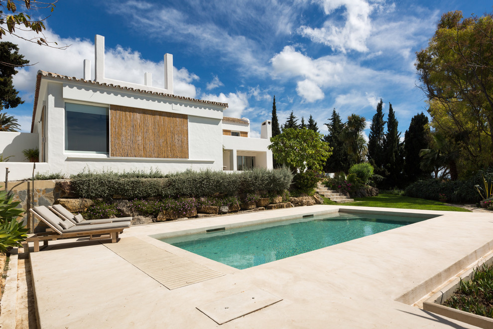 16 Absolutely Stunning Mediterranean Swimming Pool Designs Any Home Needs