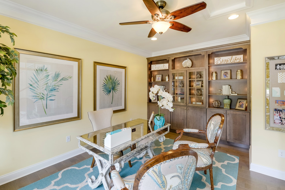 18 Impressive Tropical Home Office Designs You Could Work Forever In