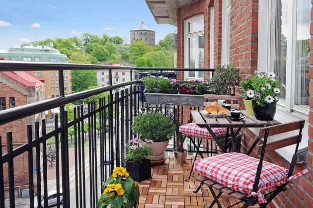 how to decorate a balcony 10 Magnificent Ideas To Decorate Italian Style Balcony