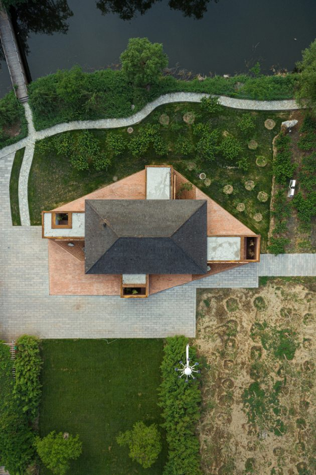 Courtyard Villa by ARCHSTUDIO in Tangshan, China