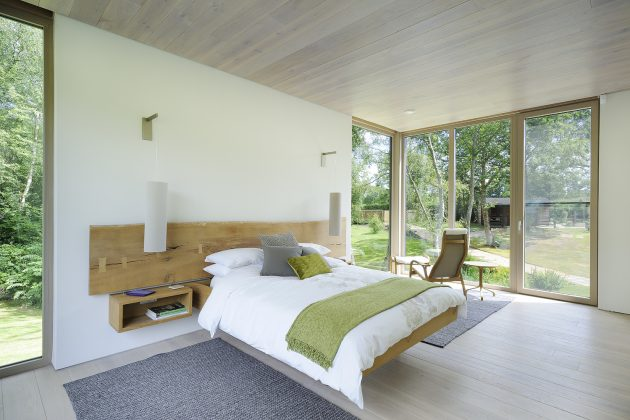 Forest Lodge by PAD Studio in Hampshire, England