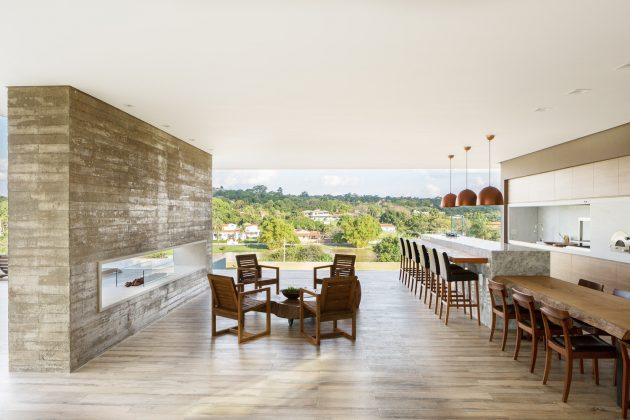 House in the Valley by idsp arquitetos in Vale des Laranjeiras, Brazil