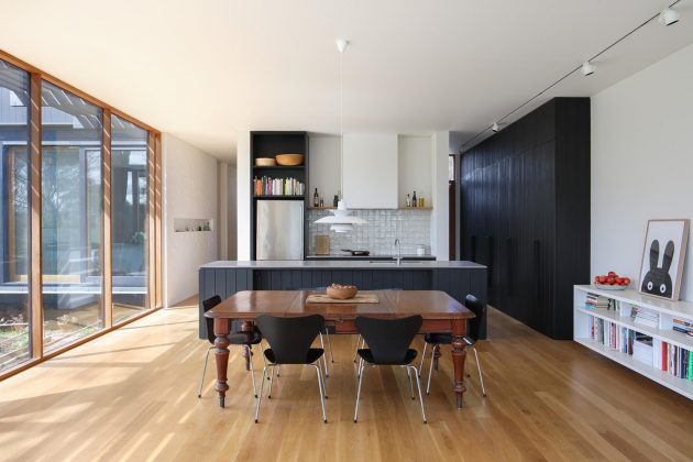 Ivanhoe House by Chiverton Architects in Melbourne, Australia