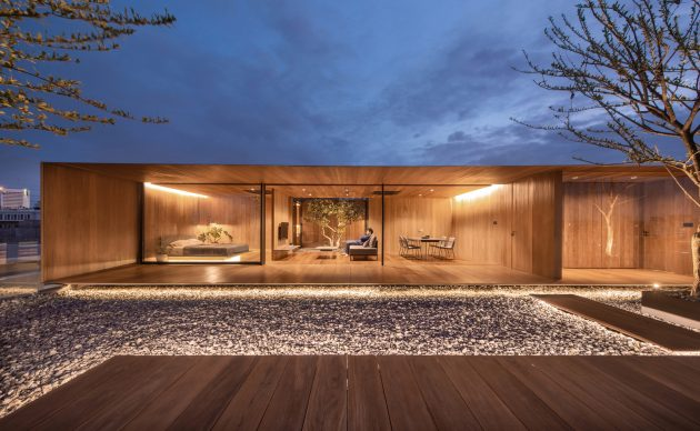 Skyscape Rooftop House by WARchitect in Khet Chatuchak, Thailand