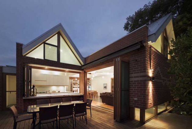 The Advantages and Disadvantages of Building Masonry House