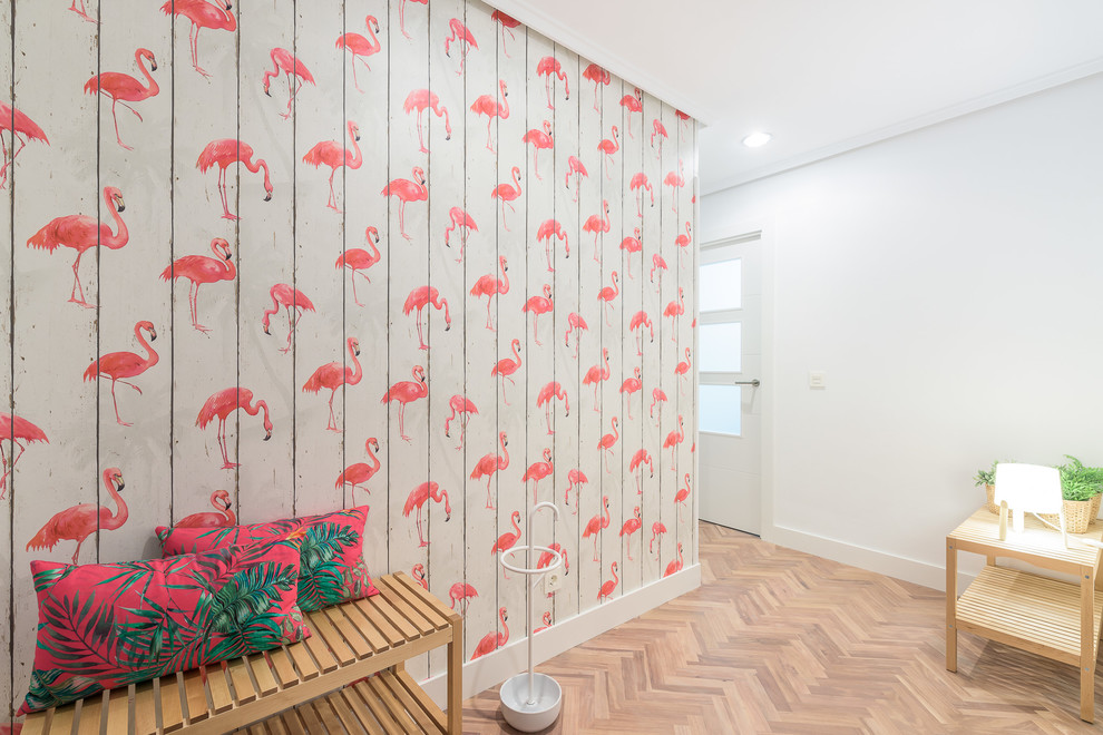 15 Fantastic Tropical Hallway Designs To Help You Get Around